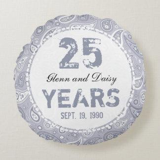 25th Silver Wedding Anniversary Paisley Pattern Round Cushion