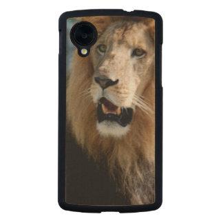 Asiatic Lion of Iran Carved® Maple Nexus 5 Slim Case