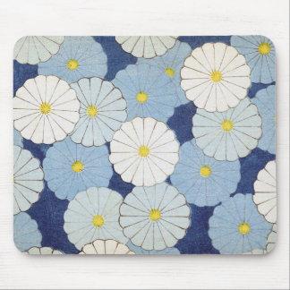 Blue Daisy Design Mouse Pad