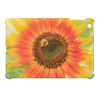 Bumblebee on sunflower, Community Garden Cover For The iPad Mini