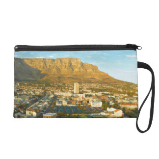 Cape Town Cityscape With Table Mountain Wristlet Purses