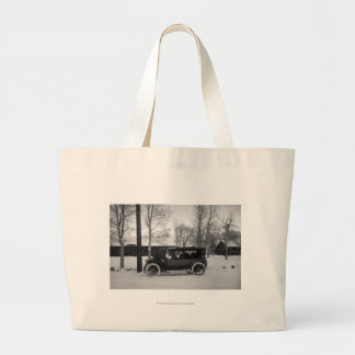Car with Christmas tree tied on the hood Jumbo Tote Bag