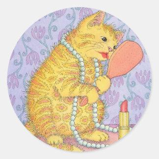 CAT and lipstick Round Sticker