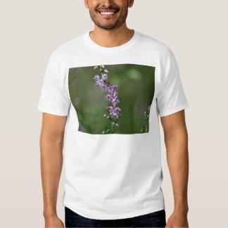 Common Heather (Calluna vulgaris) Tshirts
