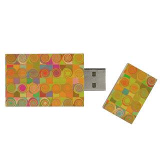 Curly Qs Wood USB 2.0 Flash Drive