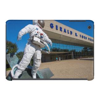 Man In Space Sculpture iPad Mini Retina Covers