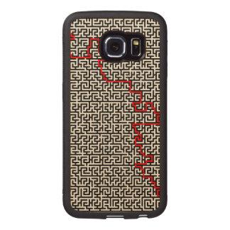 Maze Pattern Wood Phone Case