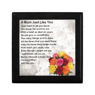 Mum Poem  -  Flowers  Design Small Square Gift Box