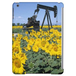 Na, USA, Colorado, Sunflowers, Oil Derrick