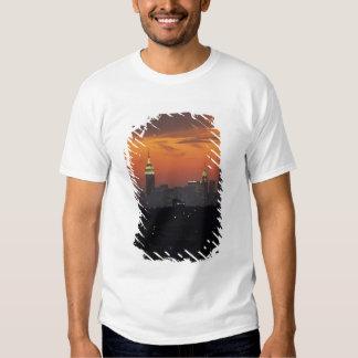 New York, USA. Skyline of uptown Manhattan T Shirt