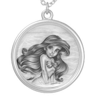 princess of the sea round pendant necklace