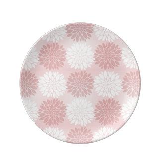 Rose Quartz Chrysanthemum Ombre Flower Kimono Pink Porcelain Plates
