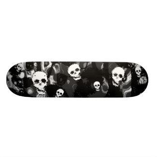 Skull Spectres B&W skateboard