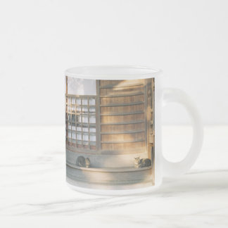 Temple cat glass magnet frosted glass mug