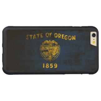 Vintage Grunge State Flag of Oregon Carved® Maple iPhone 6 Plus Bumper Case