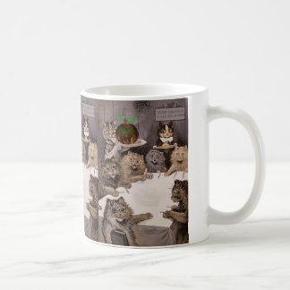 Vintage Louis Wain Cat Christmas Party Mug