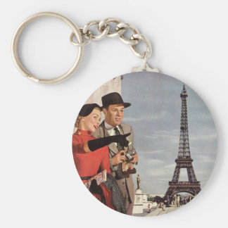 Vintage Tourists Traveling in Paris Eiffel Tower Basic Round Button Key Ring